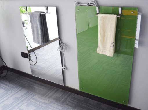 BF PANEL STEKLO 450 W - image towel-rack-2-1-510x378 on https://www.energopanel.com